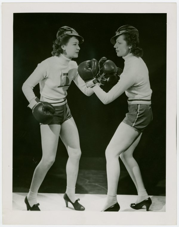 fighting women boxing