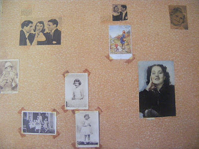anne-frank-bedroom-wall