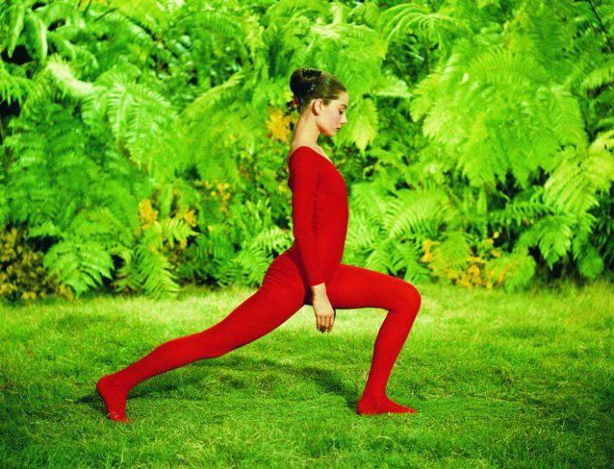 audrey hepburn yoga