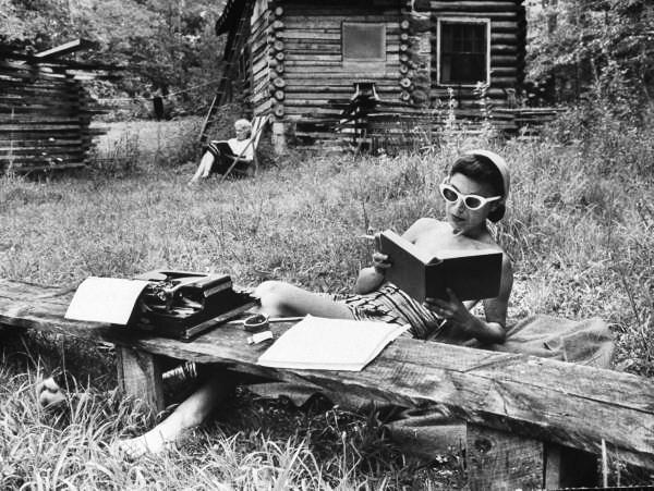 Reading, vintage