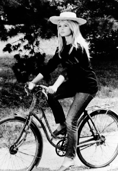 102110-Brigitte-Bardot-400-thumb-400x580-53039