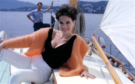natalie-wood-on-yacht