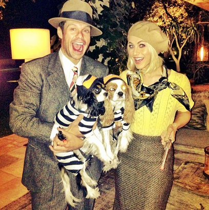 Julianne-Hough-Ryan-Seacrest-Bonnie-and-Clyde-Celebrity-Halloween-Costumes