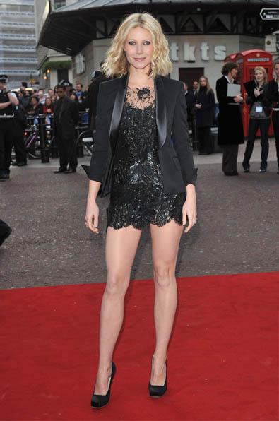 gwyneth-paltrow-legs-2