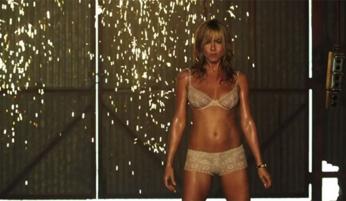 jennifer-aniston-in-we-re-the-millers-32063_w1000