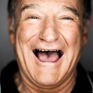 esq-62_A_Robin_Williams_00031-8288816-medium